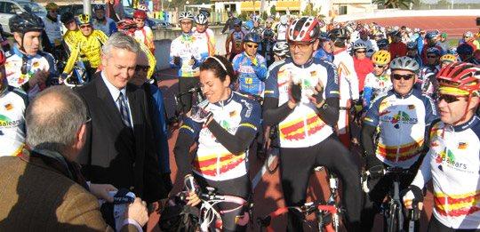 Revista Más Mallorca, patrocinador del equipo oficial de ciclismo de las Islas Baleares