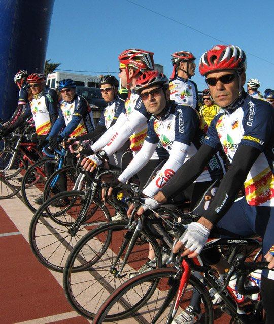masmallorca-equipo-oficial-de-ciclismo-islas-baleares_3