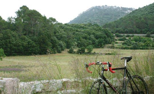 Orient, un pueblo de la Sierra de Tramuntana, Mallorca