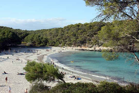 De-sa-Barca-Trencada-a-Mondrago-Parque-Natural-41