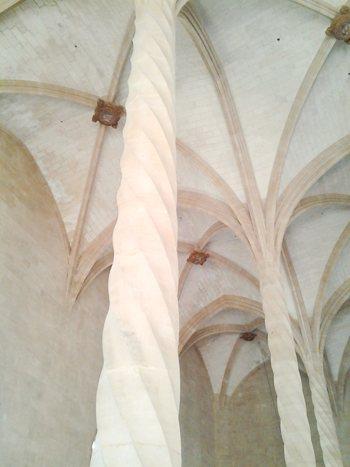 la-lonja-de-palma-de-mallorca-columnas