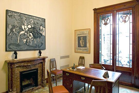 museum-can-prunera-soller-escalera-habitacion