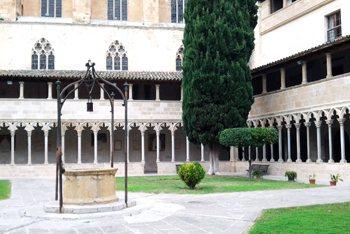 claustro-gotico-sant-francesc-palma-mallorca-6