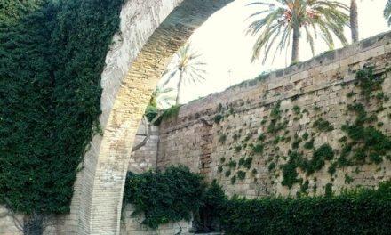 The Arco de la Drassana: Palma de Mallorca
