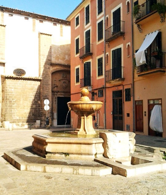 The Plaza de Sant Jeroni blends Mallorca's cultural past