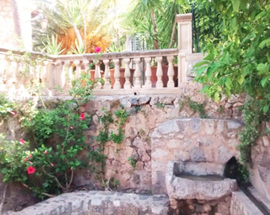 fuente de Biniaraix, Sierra de Tramuntana, Mallorca