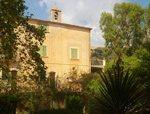 La Finca Galatzó i la llegenda del Comte Mal, Mallorca, cases