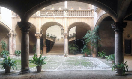 Patios mallorquines de Palma: Son Vivot en la calle Can Savellà
