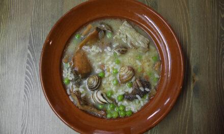 """Der mallorquinische """"Arròs Brut"""" (wörtl. """"dreckiger Reis"""")"""