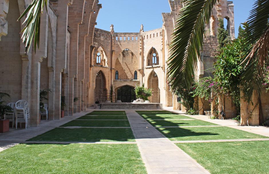 Die neugotische Iglesia Nueva de Son Servera