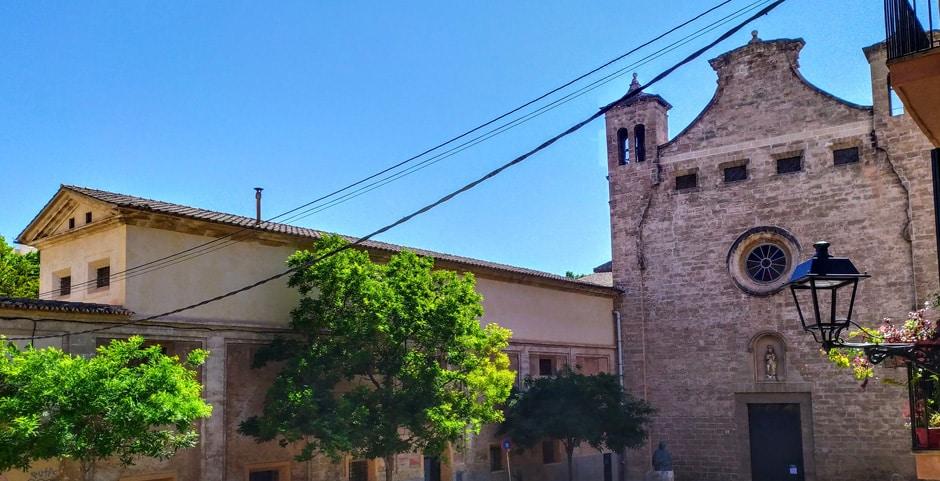 Vida de clausura i meditació a Palma. Convent de Santa Magdalena, Palma, Mallorca.