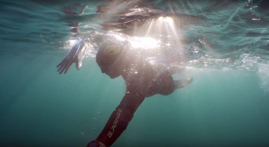 Nadando por Cabrera